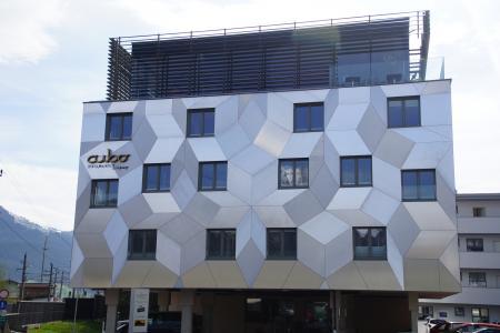 Cubo Sport & Art Hotel